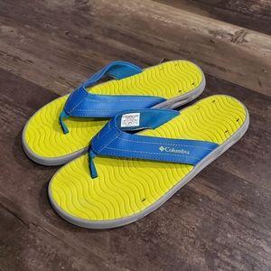 Columbia flip flops 12